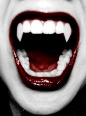 38174-Vampire-Teeth