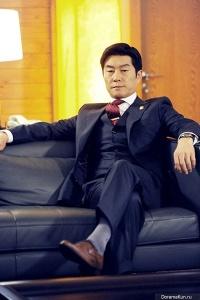 kim-sang-joong-vai-kang-dong-yoon-1-400