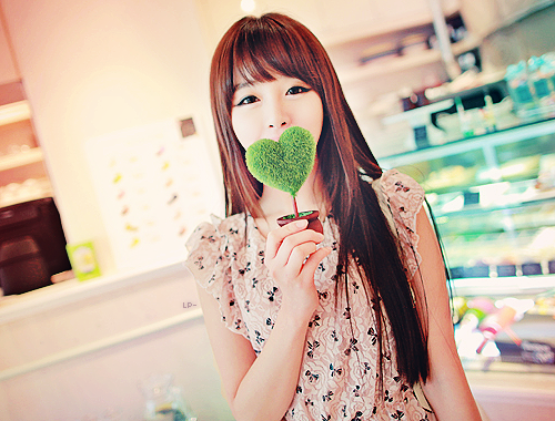 ulzzang_by_hwangtaerin-d49w69q.png
